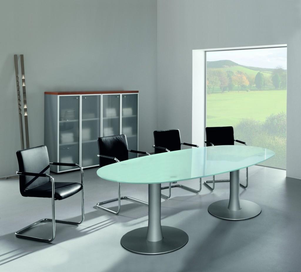 Vergadertafel met glazen blad